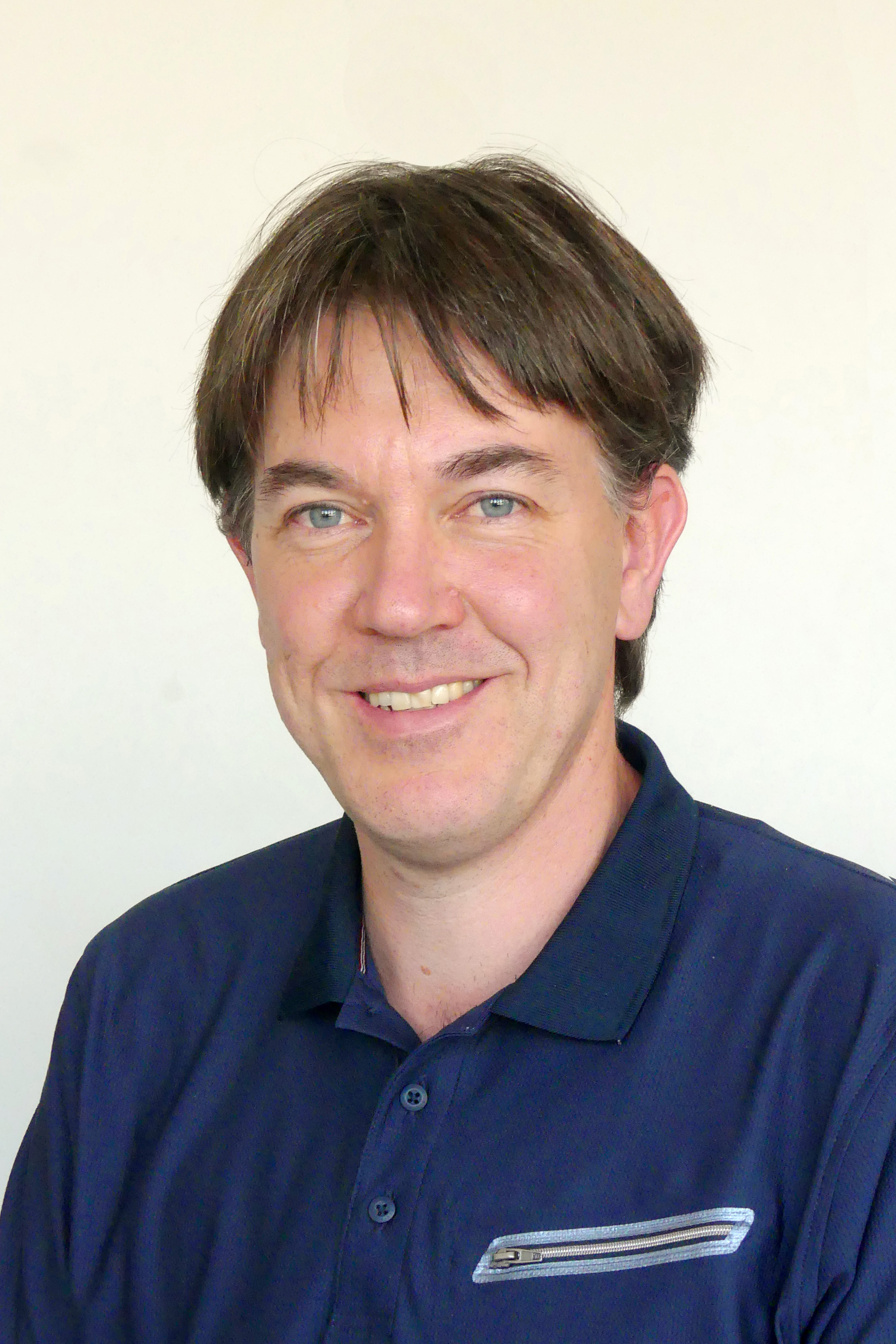 Dr. Rainer Reichle